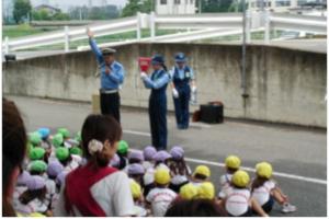 園児・小学生対象の交通安全教室2
